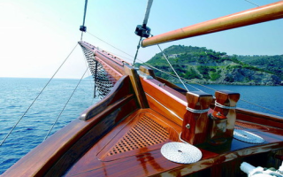 10 лучших яхтных лаков — рейтинг 2020