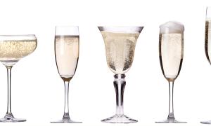 Как правильно выбрать бокалы для шампанского?